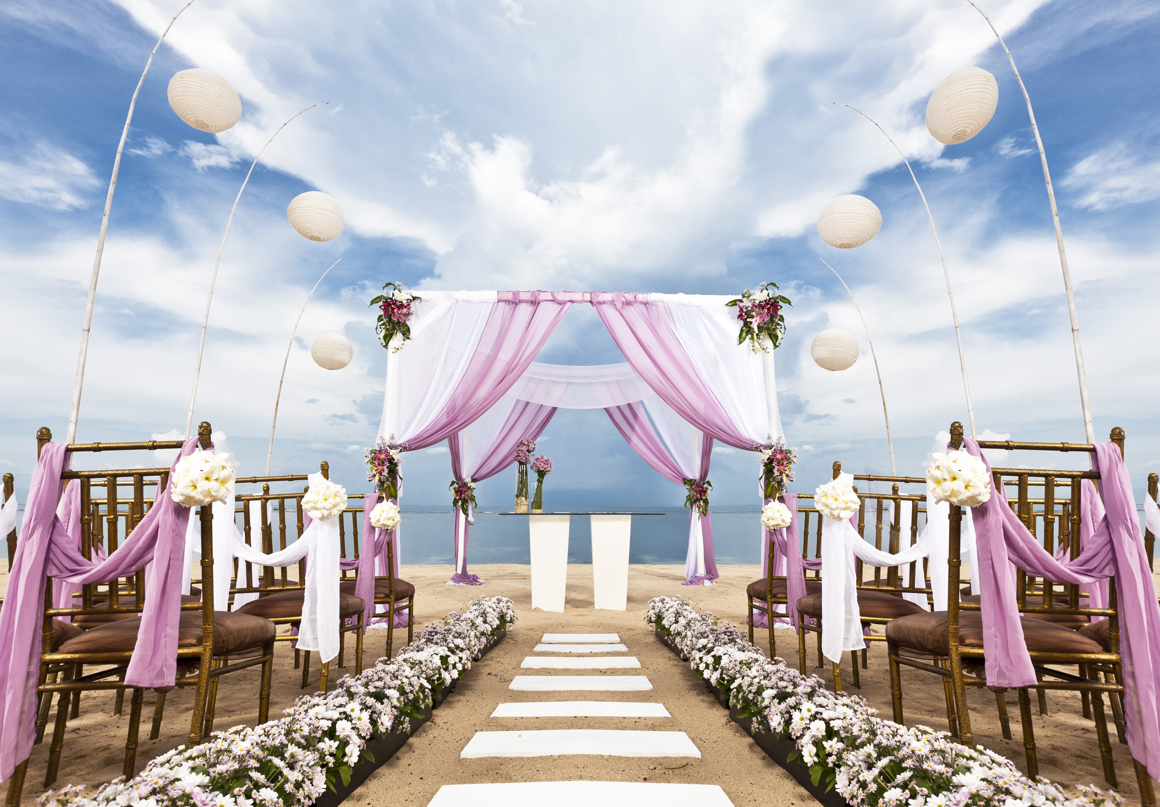 Wedding aisle the wedding blogspot for The best wedding decorations